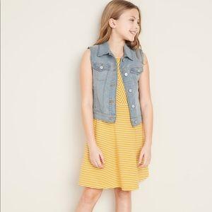 Old Navy Girls Button-Front Jean Vest (EUC)